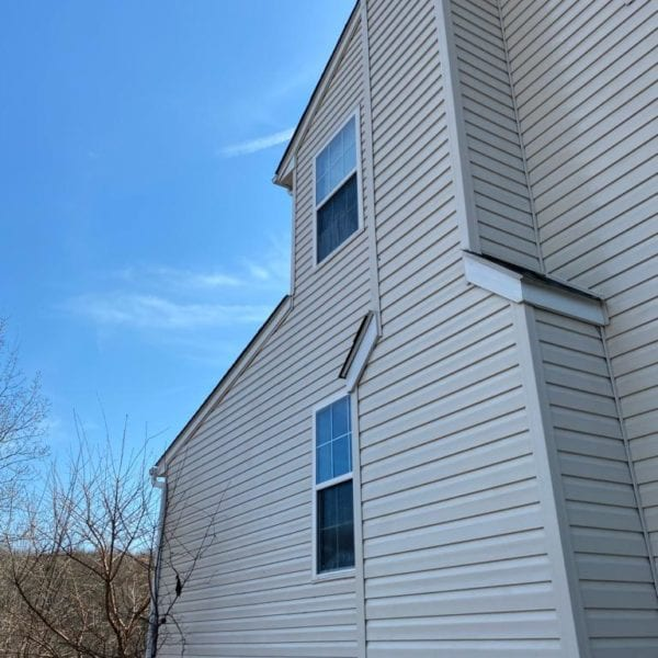 The outside of your home comes in contact with dirt, bird droppings, insects, pollen, and other pollutants every day. Even the rain contains pollution that can make your home look dingy. Maryland Pro Wash has years of house washing experience. Once you know more about our service, you'll see why so many of our clients keep asking us to clean their homes.